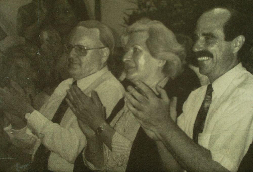 Der Bundespräsident Roman Herzog, Frau Christine und Artur Steinmann im Torturmtheater (7.8.1995)